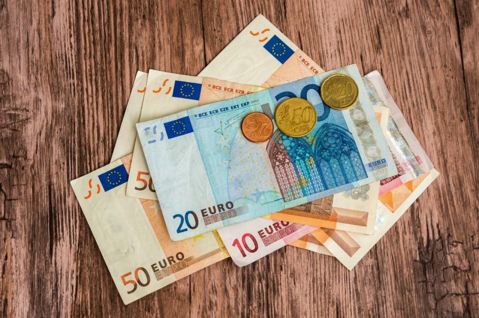 Commandez via le site de CBC vos billets et pièces en euro
