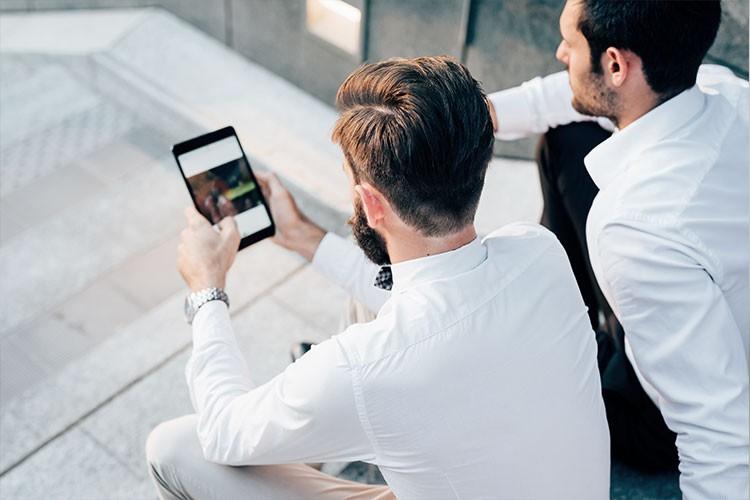 Utilisez les réseaux sociaux pour votre entreprise.